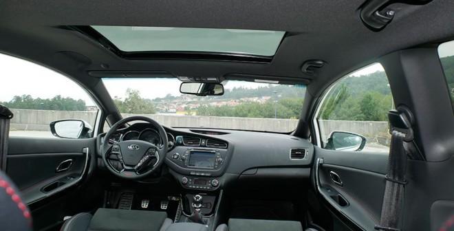Prueba Kia Cee´d GT 2015, interior, Rubén Fidalgo