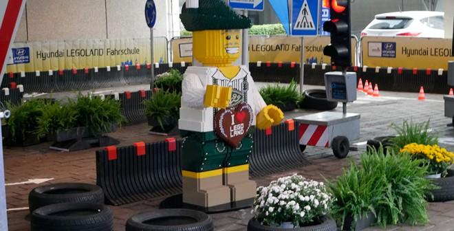 Lego y Hynudai Salón Frankfurt 2015