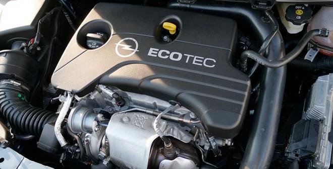 Presentacion y prueba nuevo Opel Astra 2015, motor 1.0 gasolina, Rubén Fidalgo