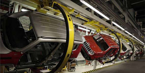 FCA muestra el proceso de fabricación del Jeep Renegade por su primer aniversario