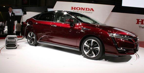 Honda presenta en Tokio su coche de hidrógeno