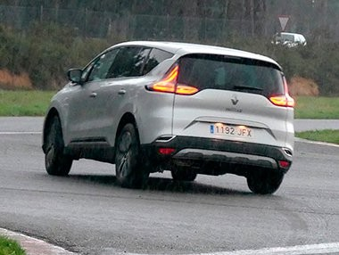 Vídeo prueba Renault Espace Initiale París 2015