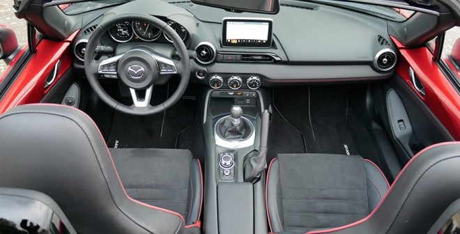 Prueba Mazda MX-5 2.0 Sport 2015, interior, Rubén Fidalgo