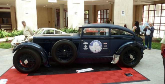 Qué significa el logo de Bentley Barnato