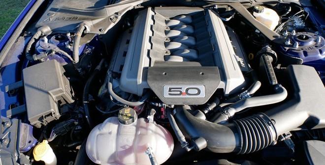 Prueba Ford Mustang V8 5.0 Cabrio 2015, motor, Rubén Fidalgo