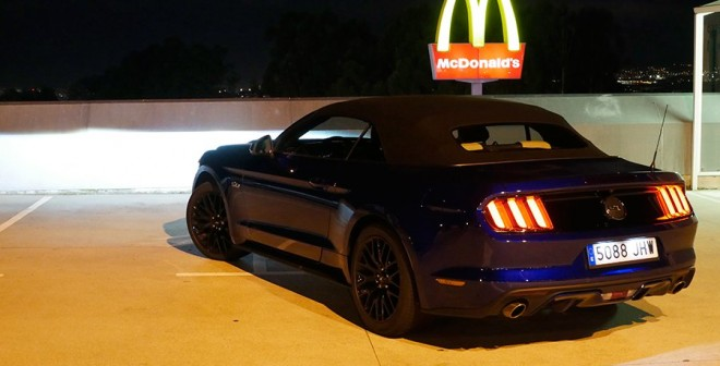 prueba ford mustang gt cabrio 5 0 v8 2015. Black Bedroom Furniture Sets. Home Design Ideas