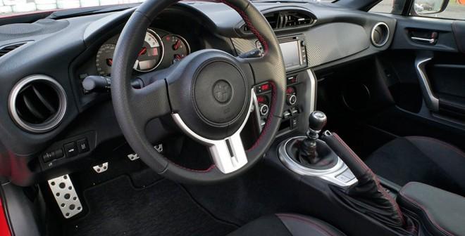 Prueba Toyota GT86 2015, interior, Rubén Fidalgo