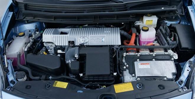 Prueba Toyota Prius Plug In híbrido enchufable, Motor, Rubén Fidalgo