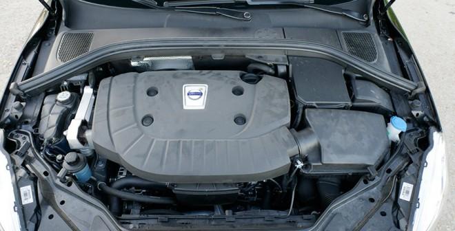 Prueba Volvo XC60 D5 Momentum 2015, motor, Rubén Fidalgo
