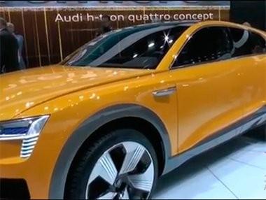 Audi A4 Allroad y Audi h tron quattro en Detroit 2016