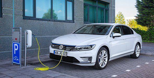 El VW Passat GTE híbrido enchufable ya en España
