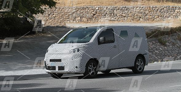 Fotos espía: Citroën Spacetourer y Peugeot Traveller