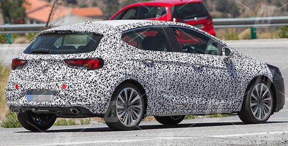 Fotos espía del nuevo Opel Astra GSi 2016