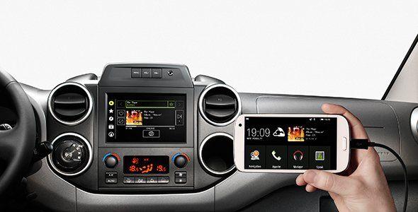 Citroën incopora Connect Box y Mirror Screen