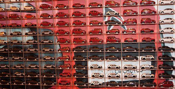 Citroën crea un mosaico de su C4 Cactus con 2.677 réplicas de juguete