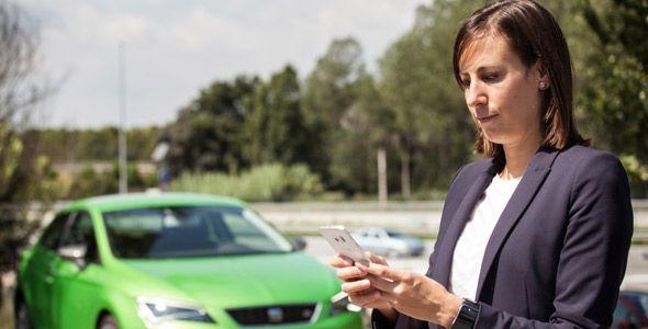 Seat crea una 'app' que avisa del estado del coche y lo conecta con el hogar