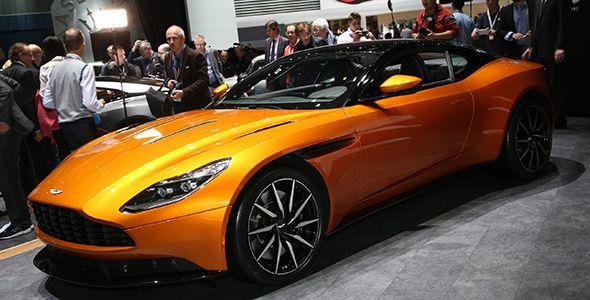 Aston Martin DB11: el clasicismo deja su lugar a la tecnología en Ginebra