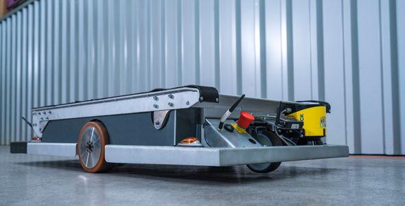 BMW introduce robots autónomos en su planta de Alemania