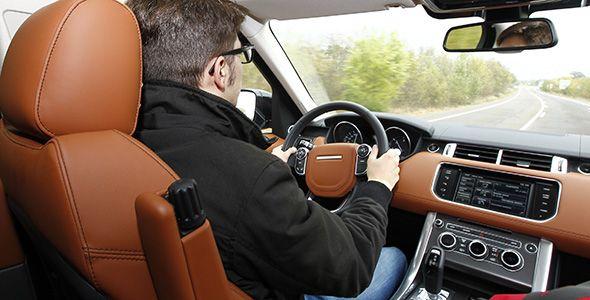 Uso del teléfono, infracciones, comportamiento… Así somos los conductores europeos