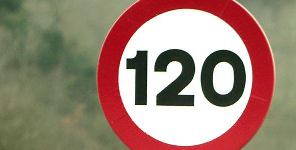 El RACE pide que se pueda circular a 130 km/h