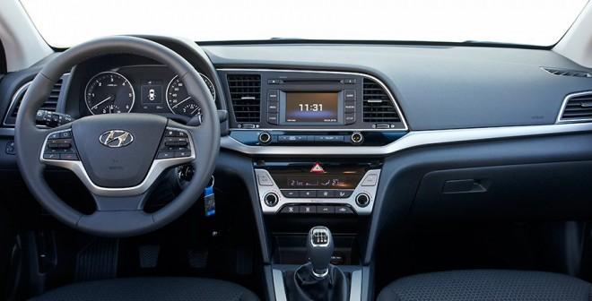Presentación y prueba del nuevo Hyundai Elantra 2016
