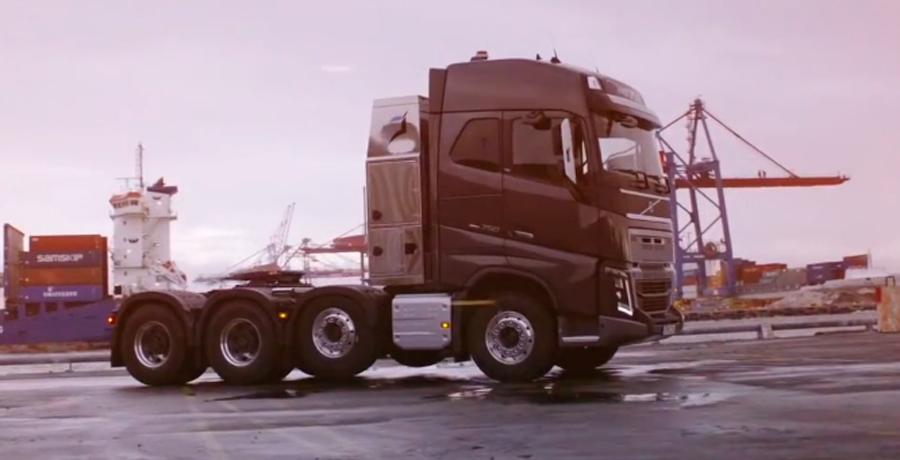 El Volvo FH16 consiguió su reto más importante: arrastrar 325 toneladas