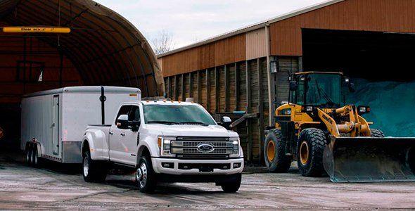 Ford simplifica las maniobras con remolque