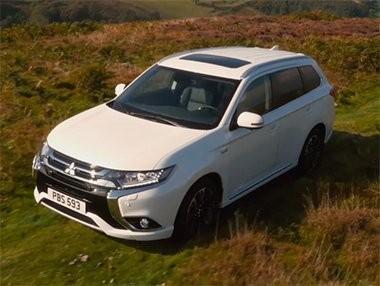 Vídeo práctico cómo usar el sistema 4WD del Mitsubishi Outlander PHEV 2016