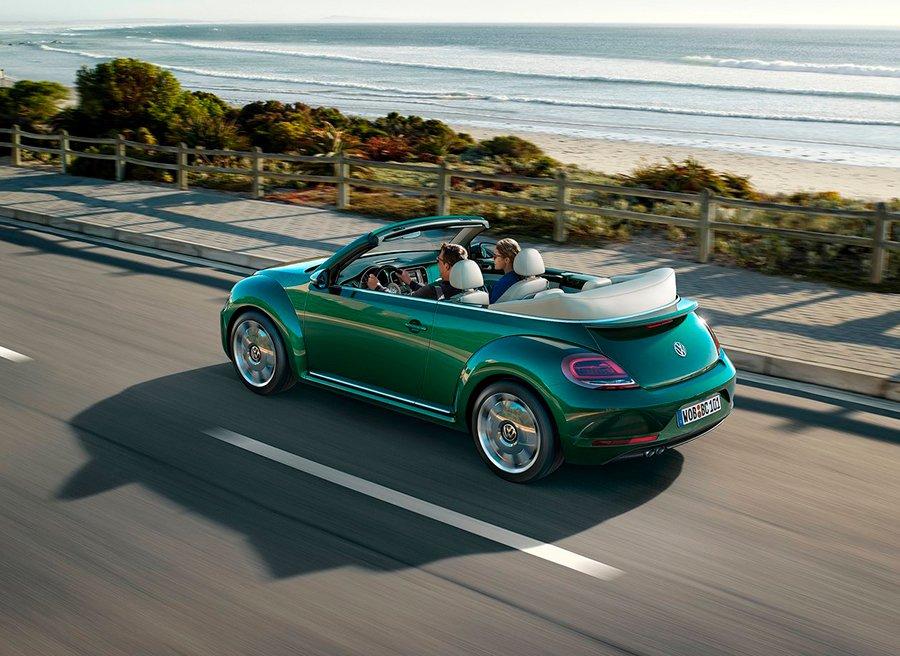 El VW Beetle se pone al día para el verano 2016