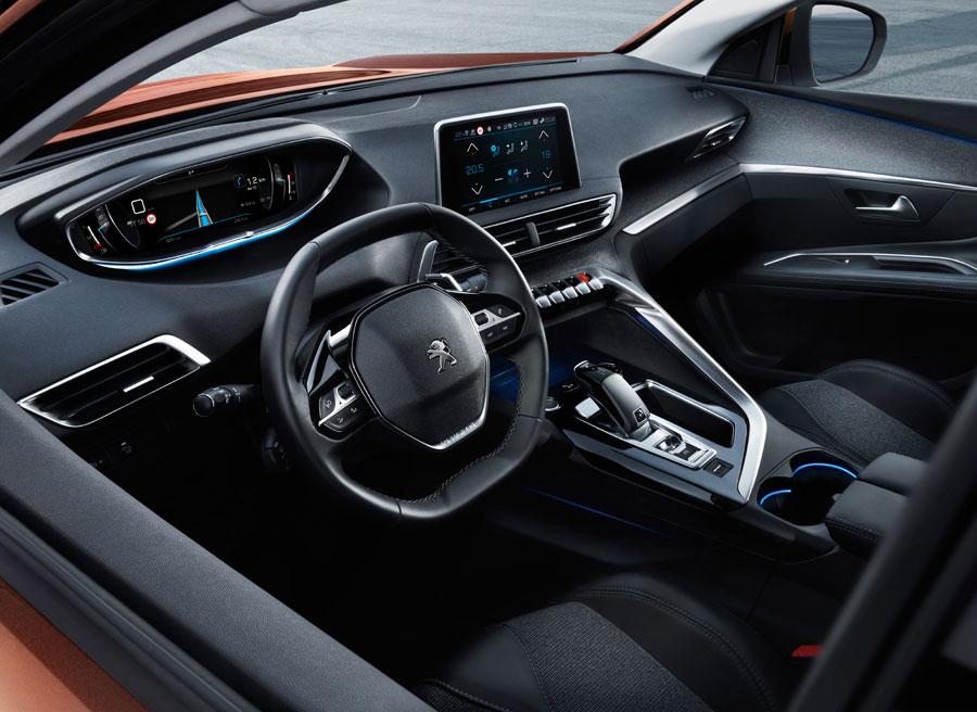 El nuevo Peugeot 3008 es el primer modelo en contar con la evolución del característico i-Cockpit de la marca.