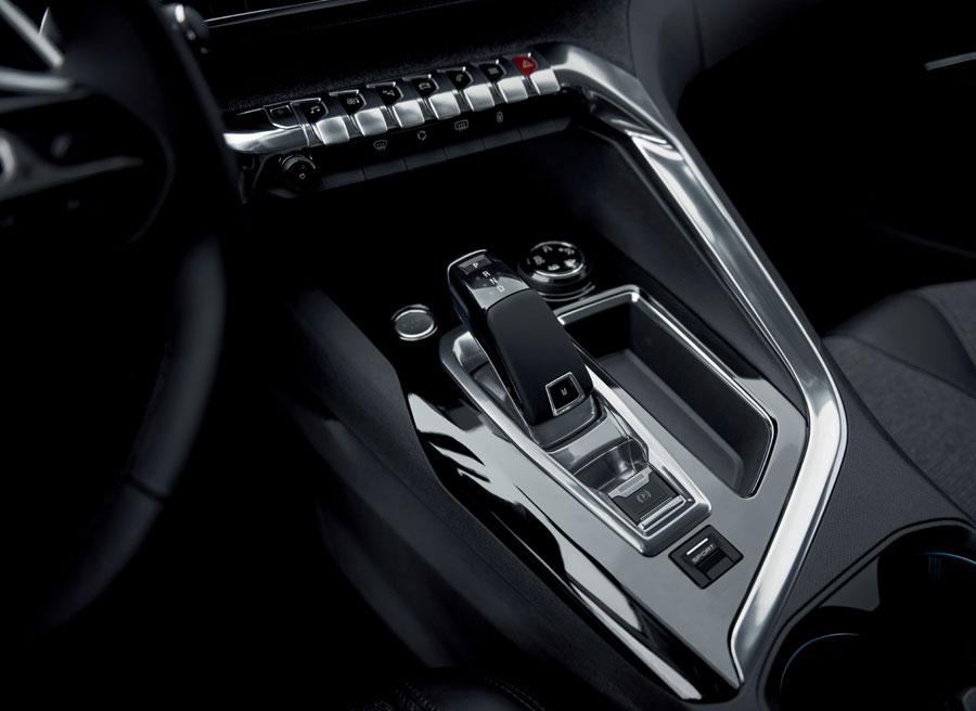 El Peugeot 3008 utiliza un cambio automático de convertidor de par.