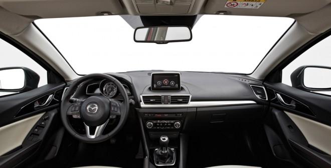 Prueba-Mazda3-1.5-interior