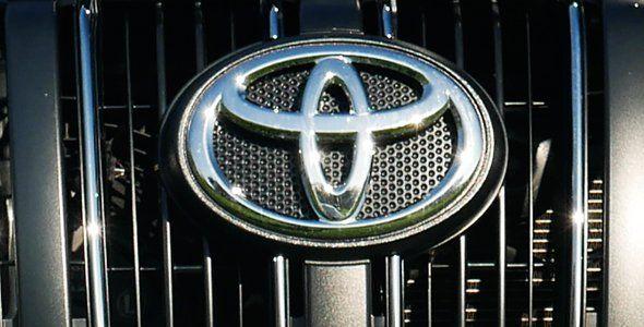 Toyota y Uber se alían