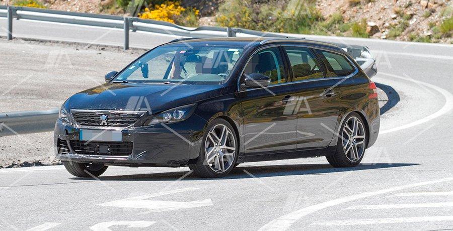 Fotos espía del renovado Peugeot 308 2017