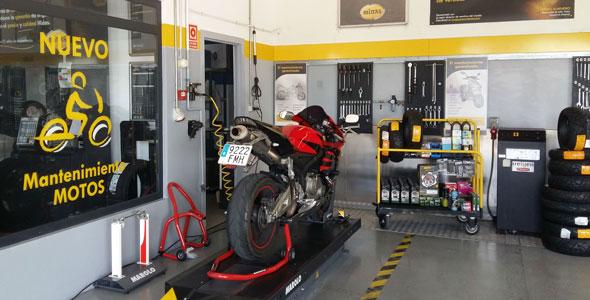Neumáticos y frenos, el mantenimiento más habitual en las motos