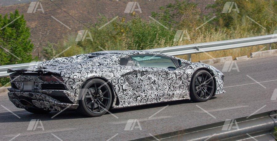 Fotos espía del nuevo Lamborghini Aventador 2017