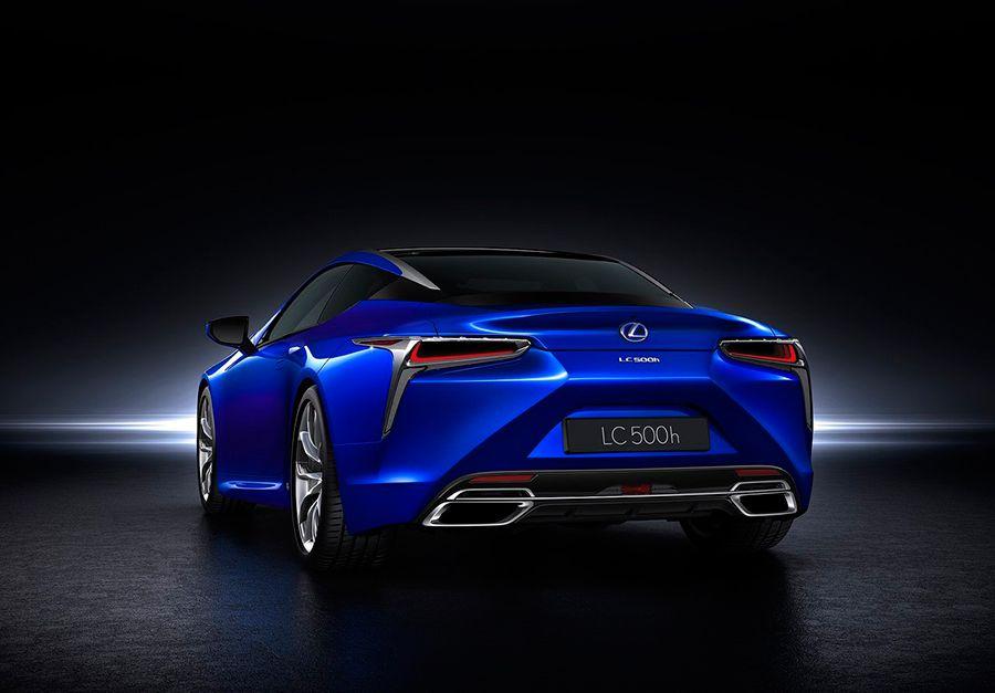 Las siglas de los modelos de Lexus tienen una compleja razón de ser.