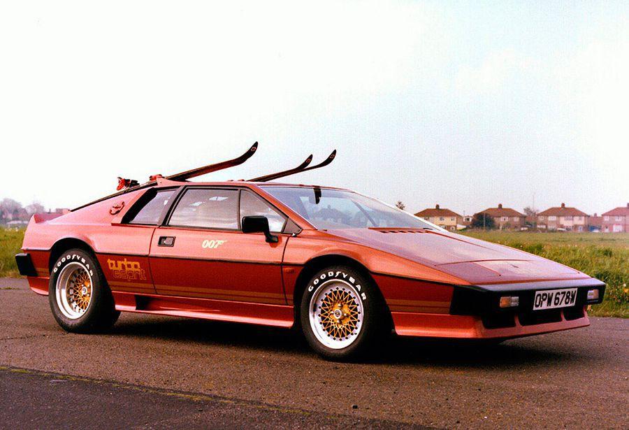 El Lotus Esprit Turbo tenía un diseño y prestaciones dignos de ser el coche del superagente 007.