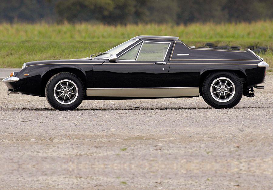 El Lotus Europa es uno de los modelos menos conocidos de la marca británica, y de los más personales.