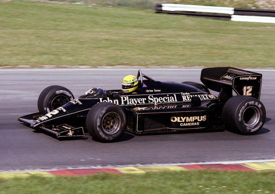 Ayrton Senna fue uno de los grandes pilotos que llevaron a Lotus a lo más alto.