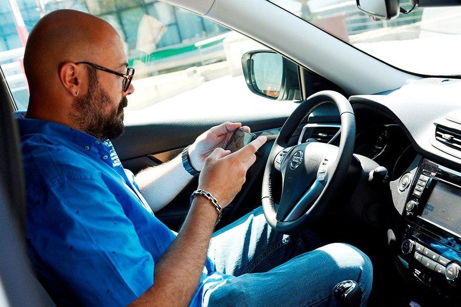 Nissan innova cierra la primera venta de un coche por Twitter