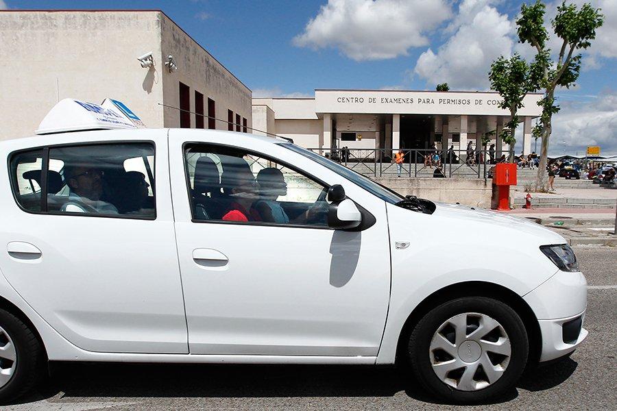 Cómo hacer el curso de recuperación de puntos del carné de conducir