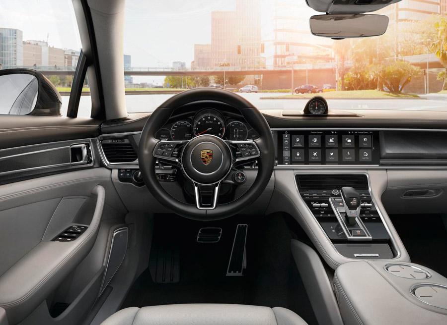 El nuevo Porsche Panamera es el primero en usar esta tecnología.