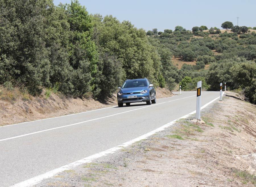 En carretera, El VW Golf Alltrack es buen rutero.