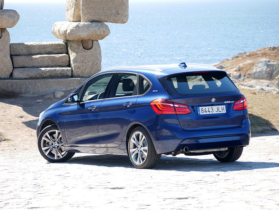 Prueba del BMW 225 XE Active Tourer híbrido enchufable 2016