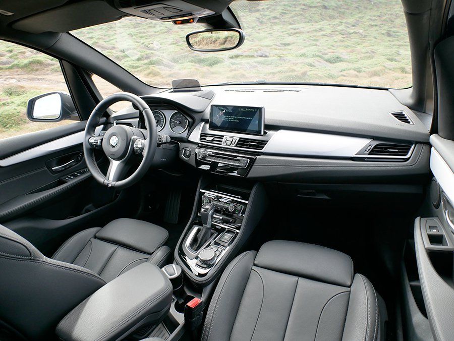 Prueba del BMW 225 XE Active Tourer híbrido enchufable 2016 interior