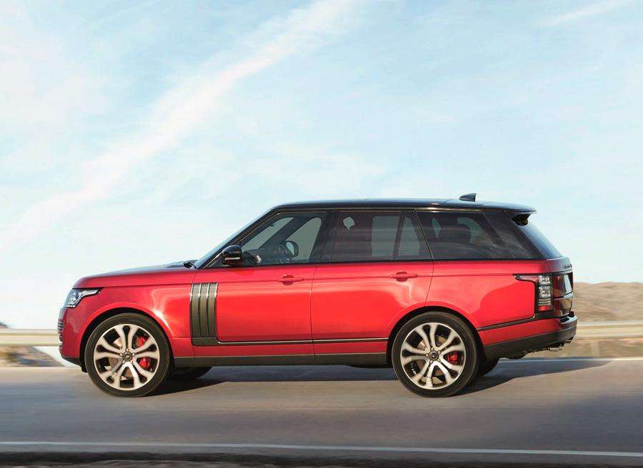 El nuevo Range Rover Dynamic monta motor V8 sobrealimentado de 550 CV.