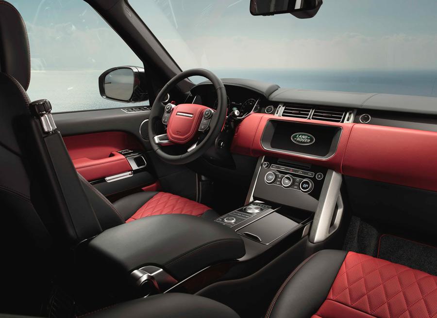 El nuevo Range Rover Dynamic ha elevado a nuevas cotas el refinamiento de su interior.