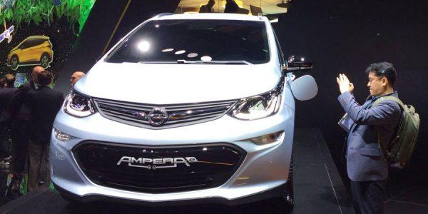 El Opel Ampera-e se estrena en París 2016