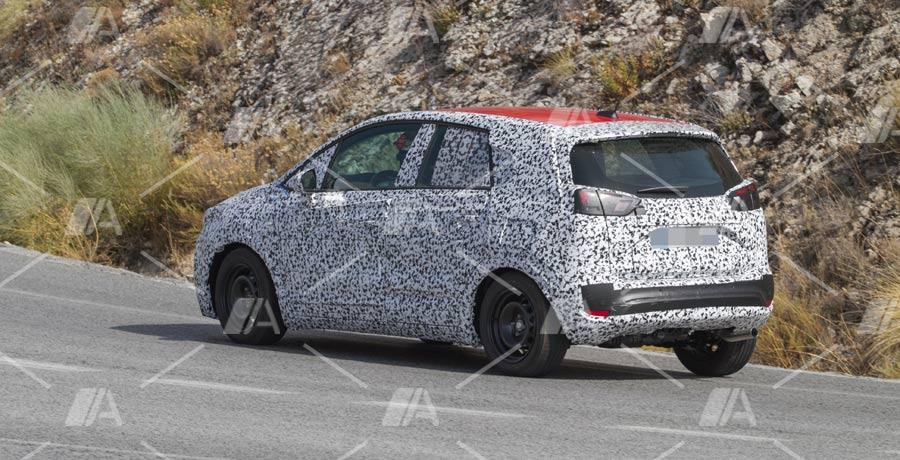 Fotos y vídeo espía del Opel Meriva 2017